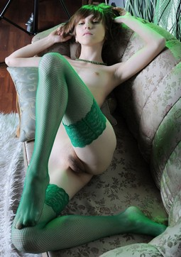 Teen stocking green 2.